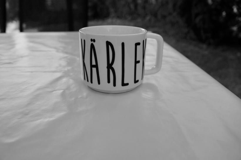 """""""I don´t need an inspirational qoute I need coffee"""" - Dag 42 av 365"""